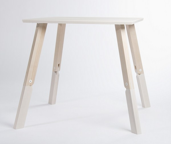 2nd-Prize-Bambi-Table-by-Caroline-Olsson-1-Copiar