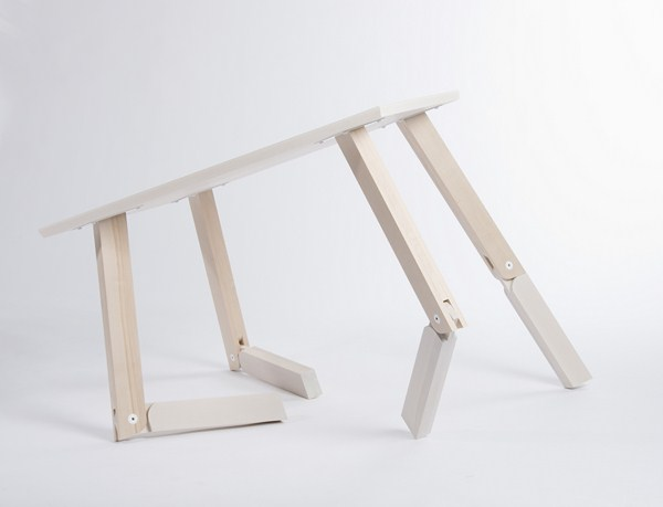 2nd-Prize-Bambi-Table-by-Caroline-Olsson-2-Copiar