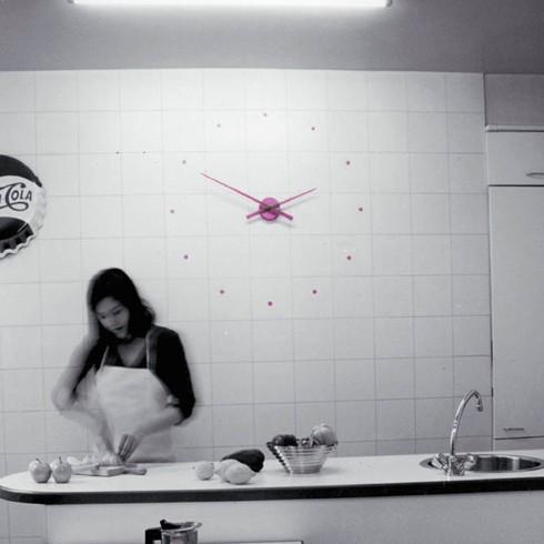 reloj-de-pared-nomon-oj-lila (1)